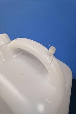 プラスチック容器:エア栓